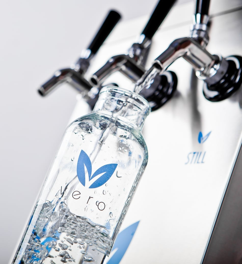 Food & Beverage Magazine: Vero Water Making a Splash in the Hospitality Industry